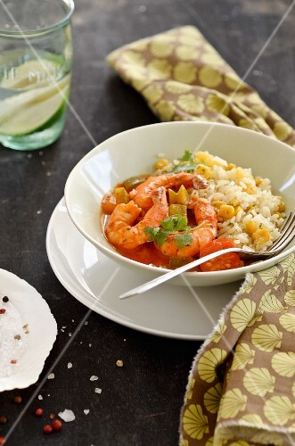 Prawns in tomato sauce with rice and sweetcorn