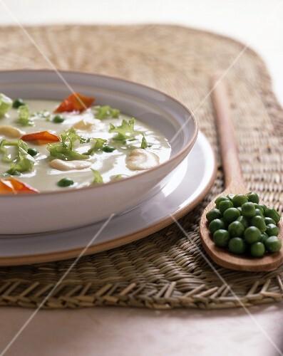 Zuppa di fave e piselli (bean and pea soup)