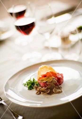 Carne cruda all'albese (steak tartare with truffles, Italy)