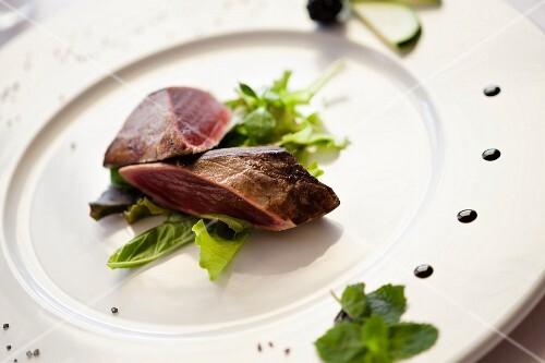 Tagliata di tonno rosso (tuna steak, Italy)