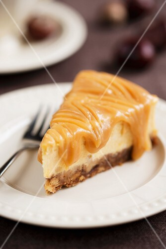 Pumpkin pie with toffee icing