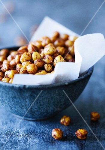 Spicy chickpeas in a small bowl