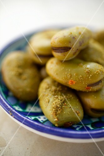 Spicy broad beans with cumin (Tunisia)