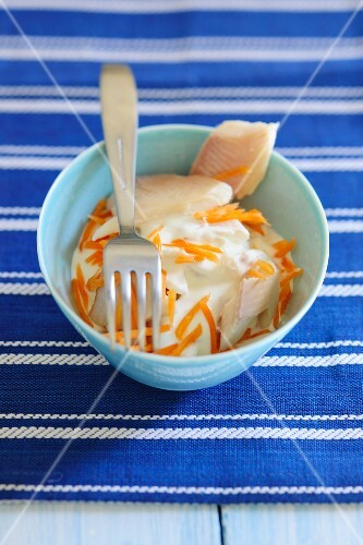 Creamy carrots with haddock fillet