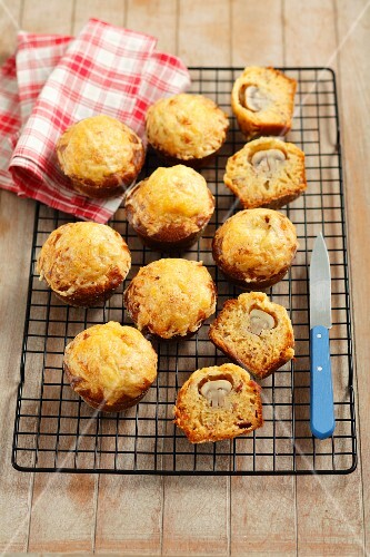 Bacon and onion muffins filled with mushrooms