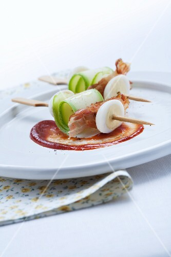 Skewers of egg, courgette and bacon