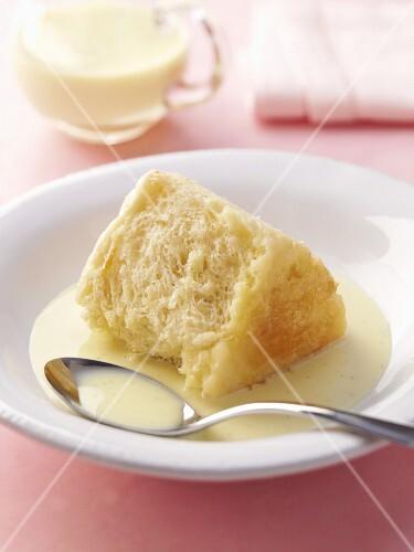 Dumpling cake (Dampfnudel) with vanilla sauce