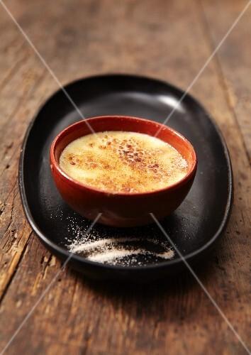 Crema catalana (caramelised custard, Spain)