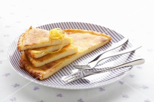 Torta di semolino (semolina cake, Italy)