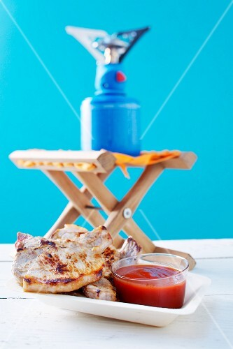 Pork chops with barbecue sauce