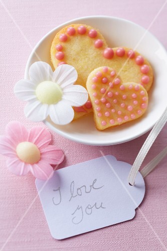 Heart-shaped biscuits with glac