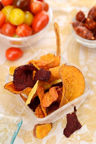 Vegetable crisps, cherry tomatoes and chorizo