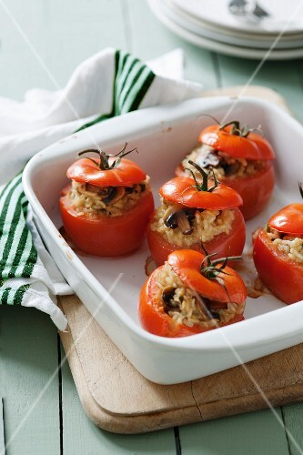Tomatoes stuffed with mushroom risotto