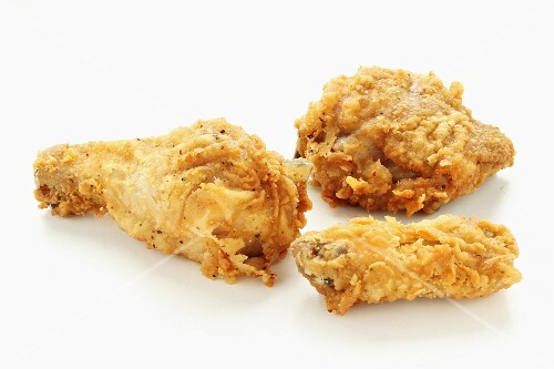 Deep-fried chicken pieces