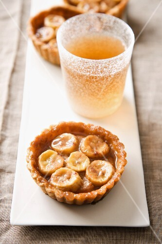 Banana and toffee tartlets