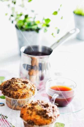 Espresso muffins with crumble topping