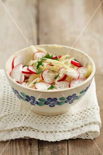 Coleslaw with radishes