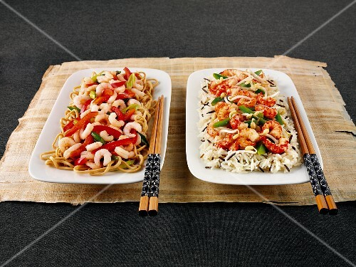 Noodles with prawns and peppers, and rice with crayfish and sprouts (Asia)