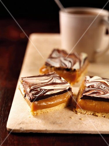 Millionaire's shortbread (caramel shortbread, England)