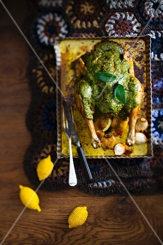 Herb-coated chicken with garlic