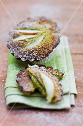 Financier cakes with pears and pistachios