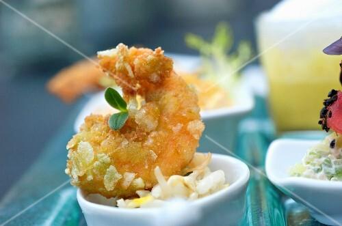 Deep-fried prawn with coconut