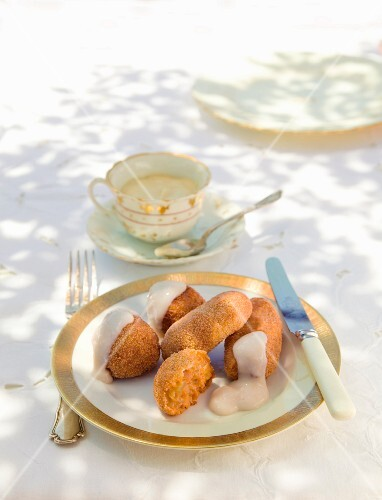 Sweet pumpkin croquettes with vanilla sauce