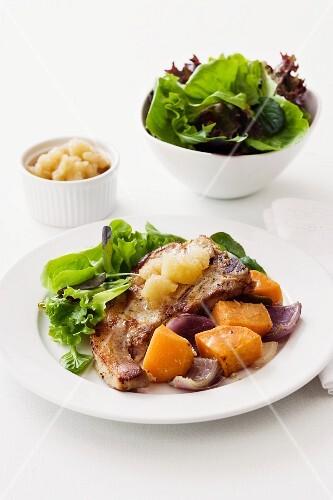 Pork chop with apple sauce
