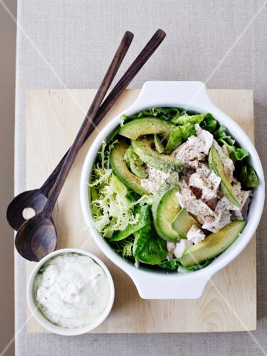 Lettuce with avocado and chicken