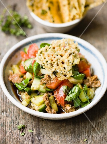 Bread salad with parmesan crisps