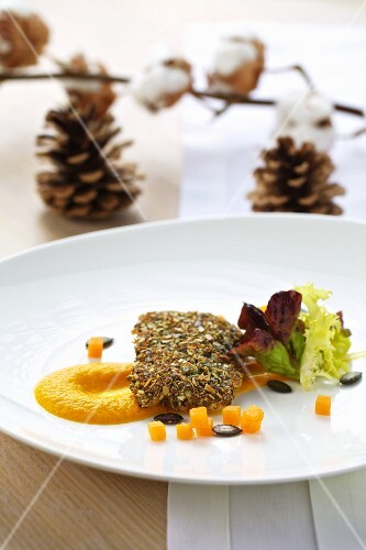 Trout fillet with a pumpkin seed crust, with pumpkin mash