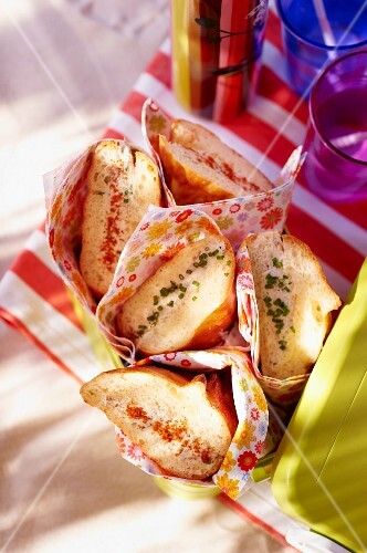 Sandwiches filled with tuna fish rillettes for a picnic