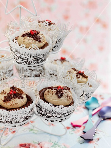 Chocolate and chestnut cupcakes with brandy
