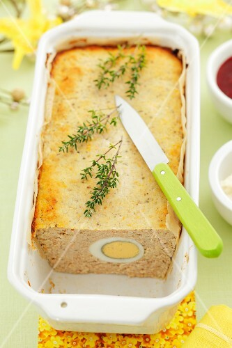 Meat terrine with egg, for Easter