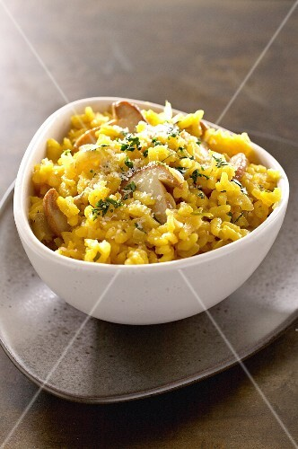 Risotto milanese with porcini mushrooms