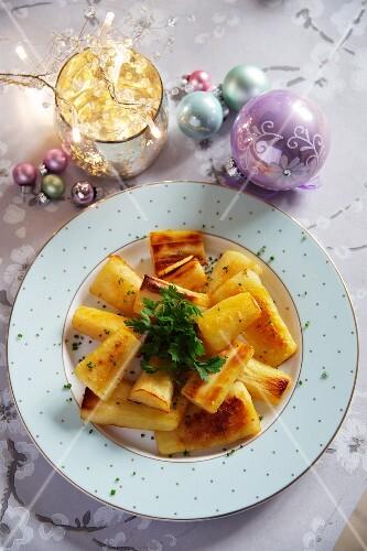 Honey-glazed parsnips for Christmas dinner