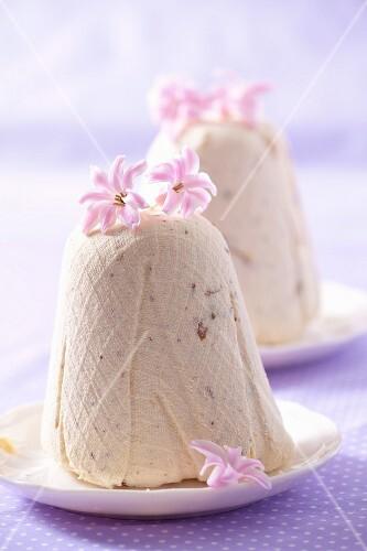 Pashka (quark dessert, Poland) with pink flowers, for Easter