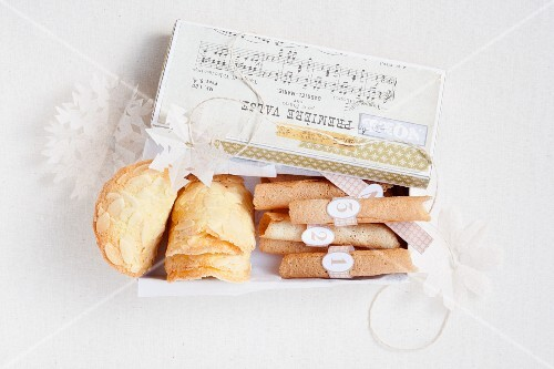 Almond tuiles and cigarette russes (France)