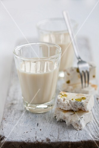 Milk with fudge and Turkish honey