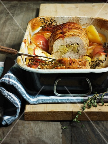 Rolled roast turkey with apples and thyme