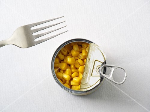 A tin of sweetcorn