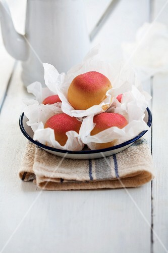 Sponge cakes filled with peach marzipan