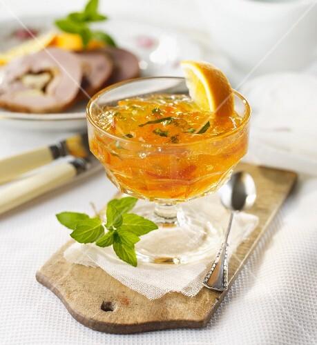 Orange jelly with mint