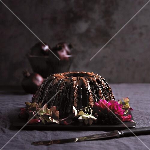 Schokoladennapfkuchen mit Schokoglasur