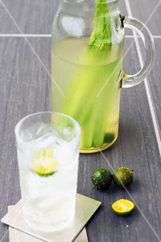 Lime and pandan drink
