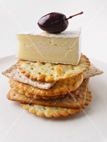 Brie Crackers