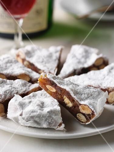 Panforte di Siena (Christmas cake, Italy)
