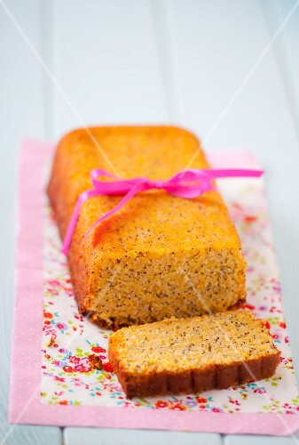 Gluten-free lemon cake with poppy seeds, as a gift
