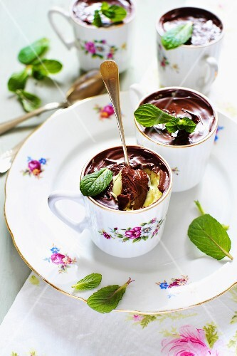 Chocolate and peppermint creme brulee