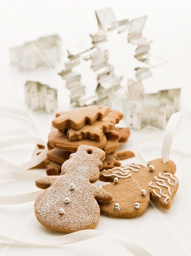 Gingerbread figures and cutters (Christmassy)